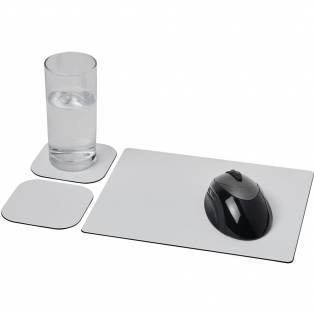 Supplied with a Brite-Mat mouse mat and a set of matching coasters. The set comprises of a rectangular mousemat (0.3 x 19 x 24 cm) and two square coasters (0.3 x 9.5 x 9.5 cm).