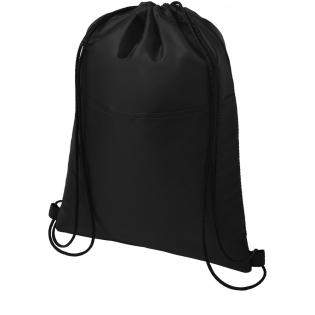 Sac isotherme doté d'une fermeture à cordon de couleur noire. Dispose d'une poche avant ouverte. Capacité de 12canettes. Capacité de charge maximale de 5 kg.