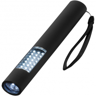Slanke, magnetische zaklantaarn met 3 lichtstanden - 4 LED knipperlicht, 24 LED normaal licht en combinatie van beide. Magnetische achterzijde voor bevestiging op metalen oppervlakken, Aan-/uitdrukknop. Nylon draagriempje. Incl. batterijen. Geleverd in een STAC geschenkverpakking. Exclusief ontwerp.