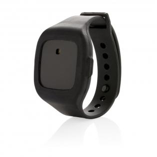 Met dit 2-in-1 persoonlijke alarm, voelt u zich veiliger. In geval van nood kunt u heel eenvoudig een 120DB hard alarm laten afgaan. U draagt het alarm als horloge of hangt het met behulp van het riempje aan uw tas, jas of riem. Het apparaatje heeft een verborgen schakelaar zodat alleen de gebruiker het alarm kan deactiveren.