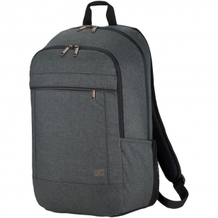 """Een professionele laptop rugzak, perfect voor mensen die comfort en stijl in balans willen brengen. Het ruime hoofdcompartiment is voorzien van een dik opgevuld opbergvak voor een laptop tot 15"""" en een speciaal schuifvak voor een tablet van 10,5"""". Er is een extra vakje voor het opbergen van powerboxen en een snel toegankelijke voorzak voor kleine elektronica. Twee zijvakken geven gemakkelijk toegang tot waterflessen of essentiële items. De bagageband aan de achterkant bevestigt de tas stevig aan de meeste rolbagage. Verweven materialen, koperen aanraakpunten en afwerkdetails zorgen voor een moderne professionele uitstraling."""