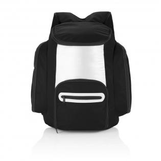 Sac à dos isotherme 600D avec intérieur argenté pour garder vos boissons et plats au frais. Poche frontale zippée pour ranger vos affaires.