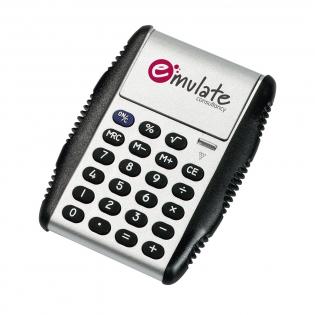Rechner mit Gummitasten, 8-ziffrigem Display und hydraulischer Schutzkappe/Fuß. Inkl. Zellbatterie. Pro Stück in einer Verpackung.