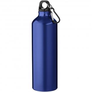 Enkelwandige fles met schroefdop. De karabijnhaak is niet bedoeld als klimgereedschap. Inhoud 770 ml.