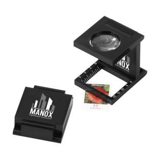 Foldable magnifying glass with magnification factor 8. Each piece in a box.