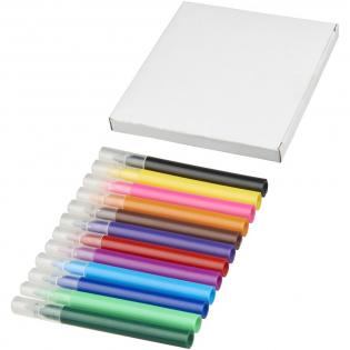 12 gekleurde markers in een papieren geschenkverpakking. Decoratie is niet mogelijk op de artikelen.