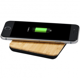 A more sustainable choice! The Bamboo / fabric wireless charging pad is made of real bamboo and eco cotton fabric. It allows for smartphone charging without cables. Supports wireless charging up to 1A for devices that have wireless charging functionality. Wireless charging only works with devices that support it. For devices that don't support wireless charging, an external wireless charging receiver or receiver case is required. Includes a Micro USB cable.