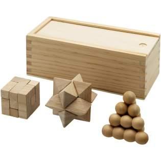 3 in 1 puzzel in een houten geschenkverpakking. Decoratie niet beschikbaar op de puzzel.