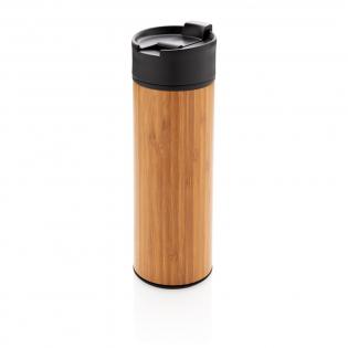 Deze perfecte alledaagse beker is sterk genoeg voor een wandeling en is modern genoeg voor op kantoor. Het bamboe geeft een tijdloze uitstraling en comfortabele grip. Met 1-hand drink- en afsluitbaar; lekvrije deksel. 304 RVS buitenzijde en 201 RVS binnenzijde. De mok is eenvoudig te vergrendelen met één hand en heeft een lekvrije deksel. Houd uw dranken maximaal 5 uur warm en koel tot 15 uur met deze vacuümgeïsoleerde beker. Inhoud: 450 ml.