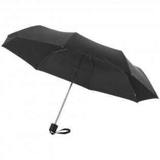 """Parapluie 21.5"""" avec mât et baleines en métal. Poignée plastique. Livré avec une pochette de rangement."""