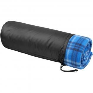 Fleece deken in een klassieke en tijdloze ruitprint. Afmeting is 150 x 125 cm. Polar fleece 170 g/m².