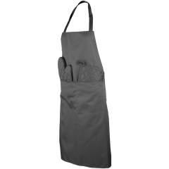 Keukenset bevat een schort, ovenwant, ovenhandschoen en stoffen zak. Verkrijgbaar in de kleuren zwart en grijs.