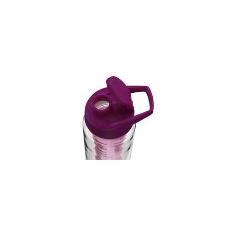 Bouteille d'eau avec infuseur. Plastique transparent en Tritan : écologique, sans BPA et durable. Avec bouchon à vis coloré et ouverture verrouillable. Remplissez l'infuseur avec des fruits frais ou des légumes pour créer vos propres saveurs. Capacité 700 ml.