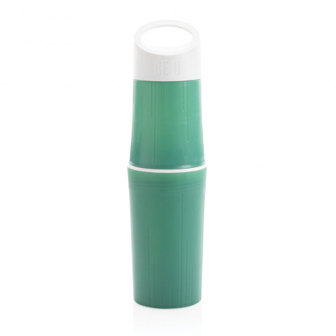 The BE O bottle is a water bottle made of sugarcane. It is oil free plastic that's better for the planet. A superhandy design, making the bottle easy to carry, clean and store. Designed & made in theNetherlands, and fully recyclable. Each bottle has a -80 gram CO2e positive impact on our planet. We make an even biggerimpact by planting a tree for every BE O bottle you buy. 500ml content