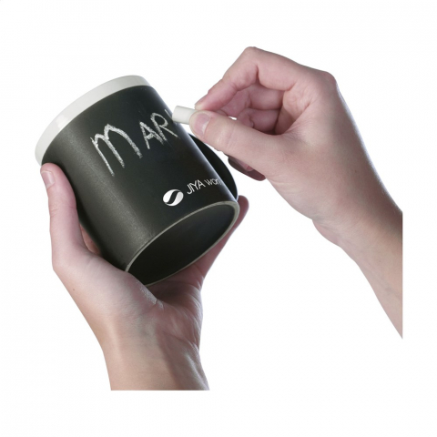 Ceramic mug you can write on, incl. 2 chalks. In box.