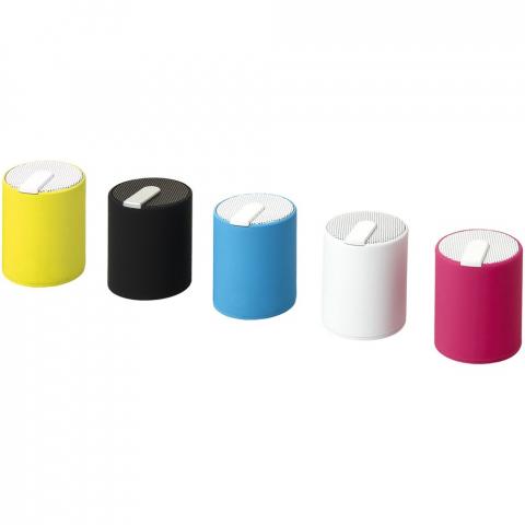 Mini-speaker met draadloze Bluetooth® verbinding, 10 meter bereik. Soft-touch behuizing voor een luxe gevoel van kwaliteit. Met USB-kabel en 3,5 mm lijn-in kabel. Geleverd in Avenue geschenkverpakking.