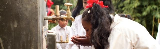 Dopper heeft verschillende projecten in Nepal, waar het zorgt voor drinkbaar kraantjeswater.